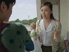 『緑茶成分入りファブリーズ』CM